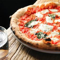 Piatto pizza Margherita